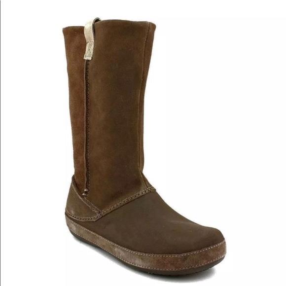 52ae9b026 CROCS Shoes - Crocs Berryessa Suede   Rubber Winter Boots ...